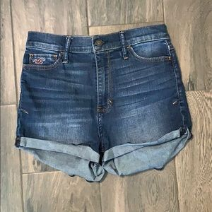 💗 5 for $25 Hollister Shorts